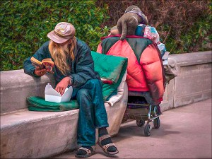 10A1_MarciaFasy_CAVE_FacelessAndHomeless